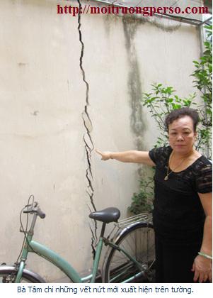 Hình ảnh nứt công trình nhà ở của hộ dân bên cạnh công trình xây dựng hệ thống xử lý nước thải bệnh viện của Y HỌC CỔ truyện trung ương