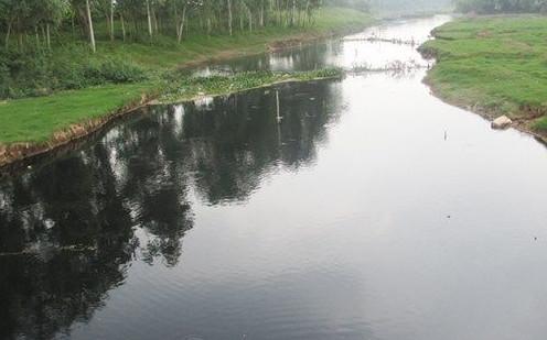 Môi trường VN đang bị đe dọa hàng ngày bởi lượng nước thải cực lớn